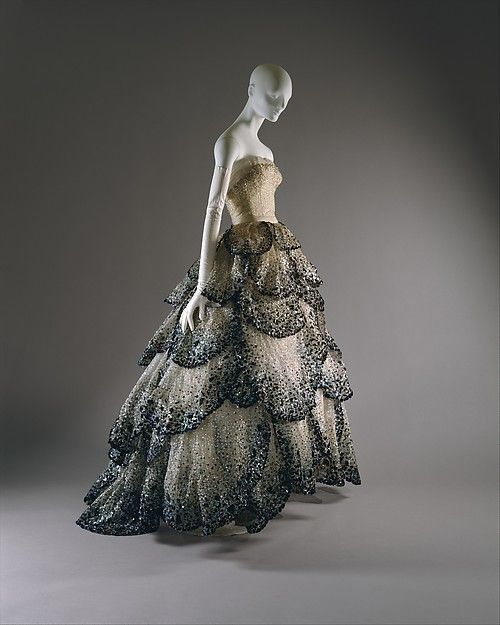 Junon Gown - Christian Dior - fall winter collection 1949/50 - via metmuseum.org