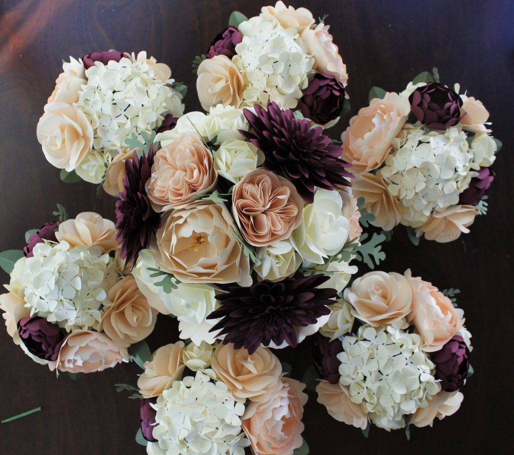 Bridal and Bridesmaids' Bouquets - via katherineelizabethevents.com