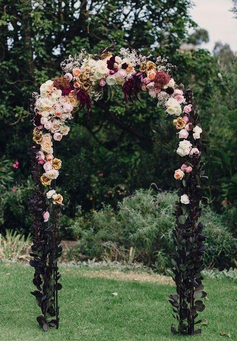 Burgundy Blush Wedding Arch - via happywedd.com