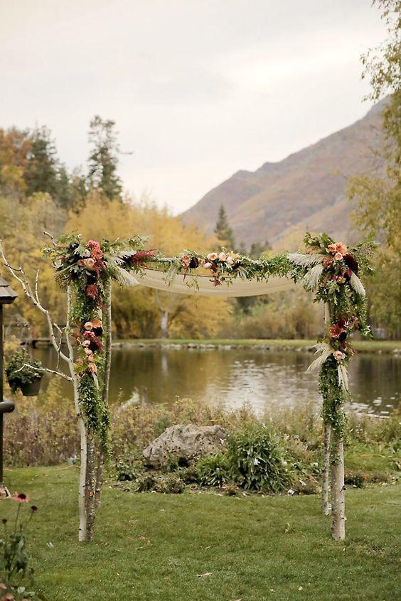 Rustic Fall Wedding Arch - via himisspuff.com