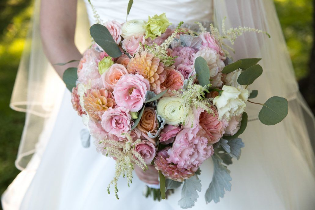 Kat and Ryan Wedding - New York Botanical Garden - Wedding Bouquet - Photography by Laurie Rhodes