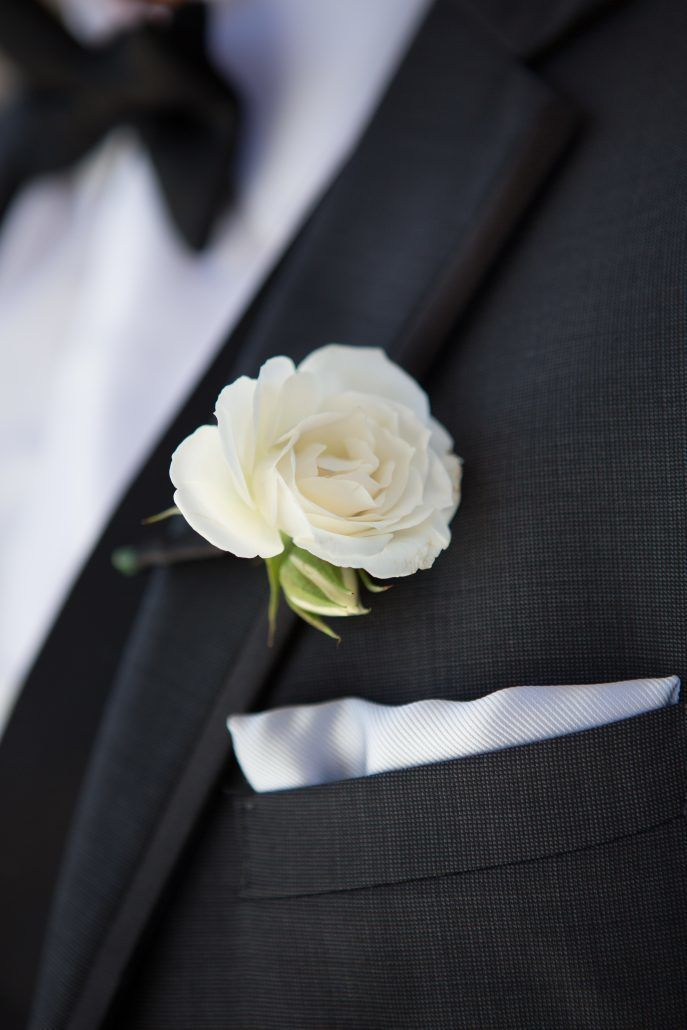 Sophia & Sam Wedding - Boutonniere Cream Majolica Rose - Tribeca 360 NYC - by Shira Weinberger