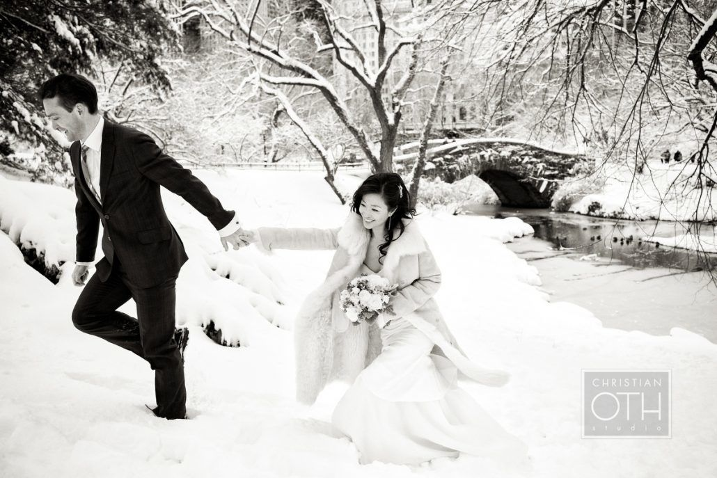 Winter Wedding Photos NYC - Central Park - via greylikesweddings.com