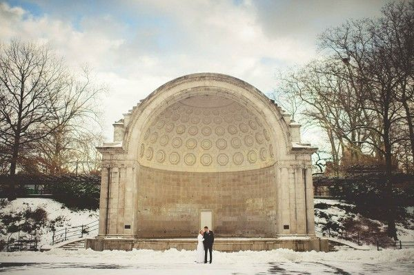 Winter Wedding Photos NYC - Central Park - via junebugweddings.com