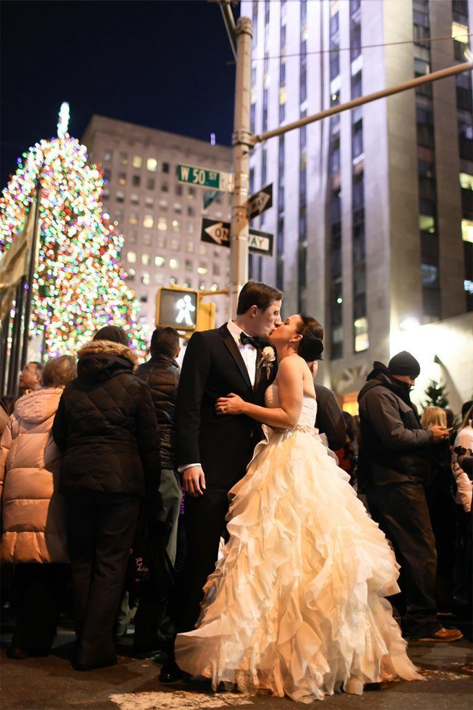 Winter Wedding Photo Ideas - Rockefeller Center Christmas Tree - via cecistyle.com