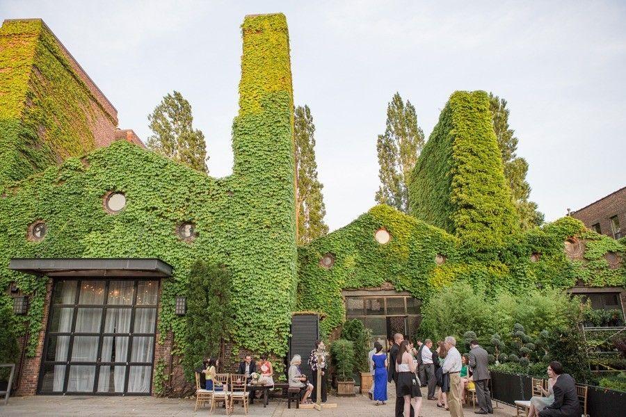 The Foundry Courtyard via apivenuelustcom