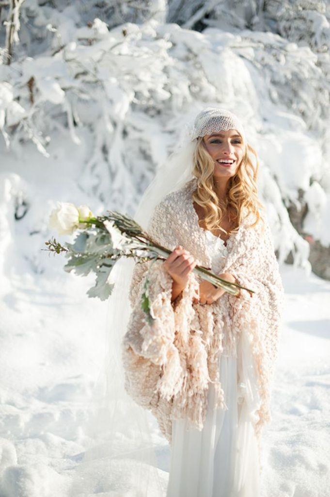 Winter Bride - via thefashionmedley.com