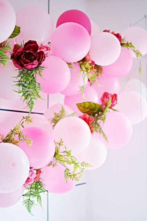 Balloon Garland - via littleinspiration.com
