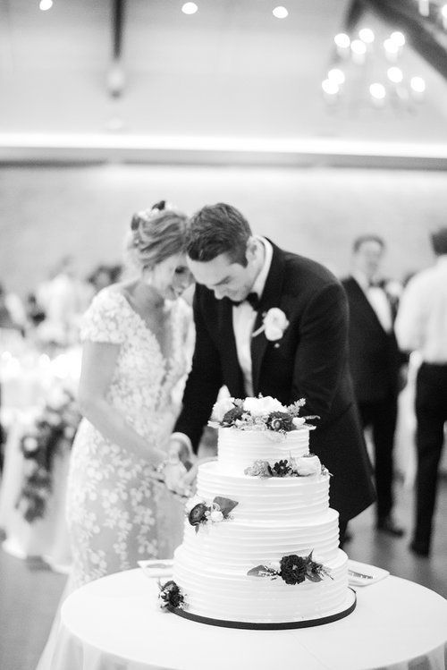 Kate & Chase - Cutting Cake - Mansion at Natirar - by Sally Pinera