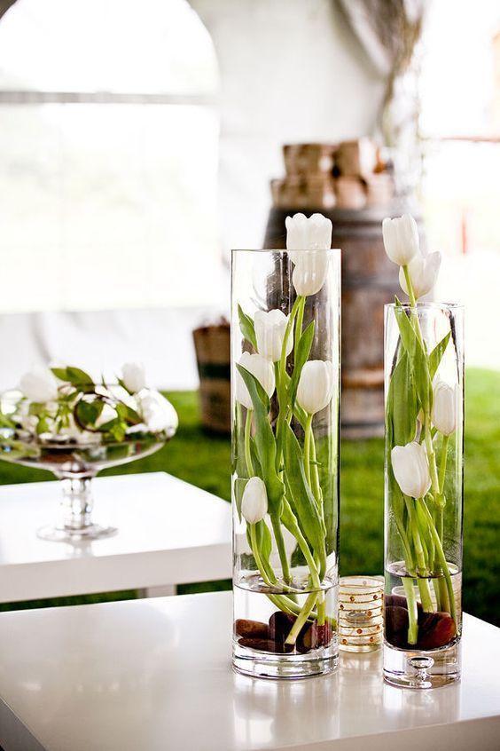 Modern Tulip Centerpiece Via Himisspuff
