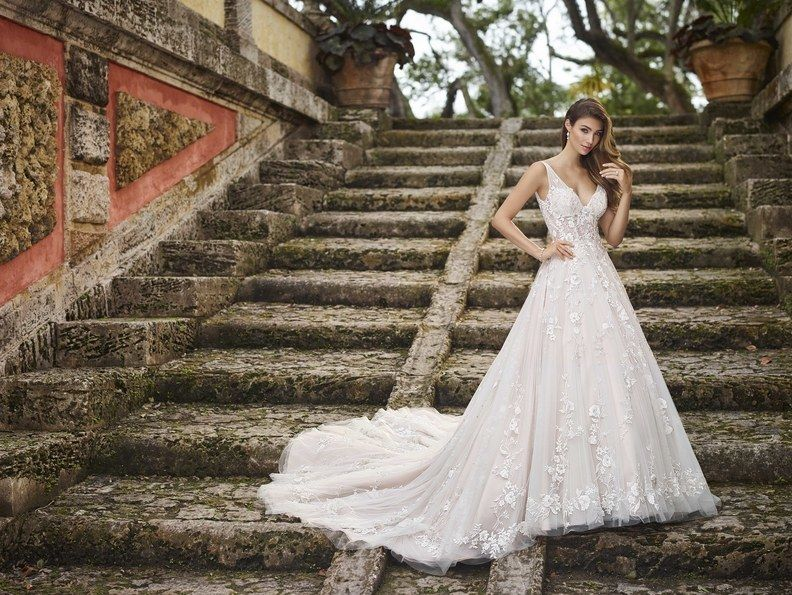 Gorgeous Gowns From The Spring Bridal 2019 Collections