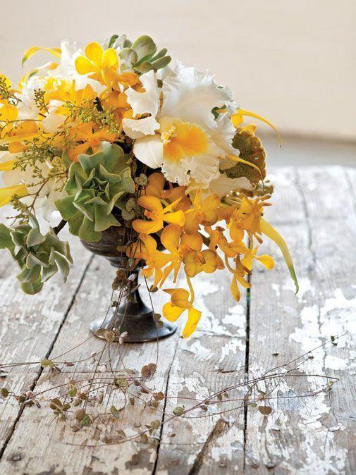 cattleya orchid centerpiece - via flirtyflowers.com
