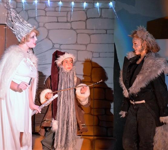 Witch, Dwarf & Maugrim