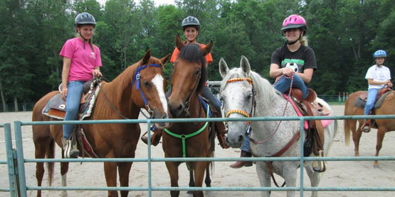 2013 Horse Camp participants on their horses