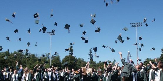 Scholarships for HS Seniors