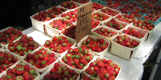 strawberries at farmers' market