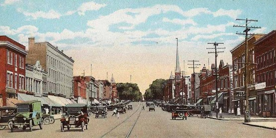 vintage postcard of Main Street in Canandaigua looking north, 1920s