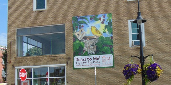 Read To Me banner in Clyde