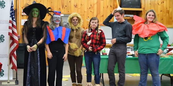 4-H Teen Ambassadors hosted the annual 4-H Awards Night November 5, 2016