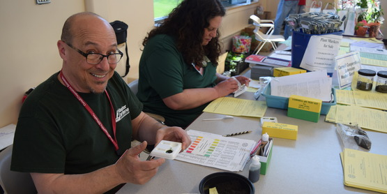Master Gardeners test soil samples at Garden Day