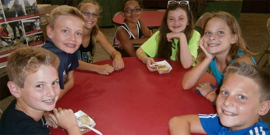 Baker's Dozen 4-H Club members at Columbia County Fair 2016