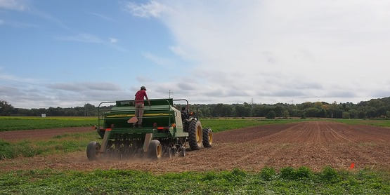 Seeding HV Farm Hub plots 2016