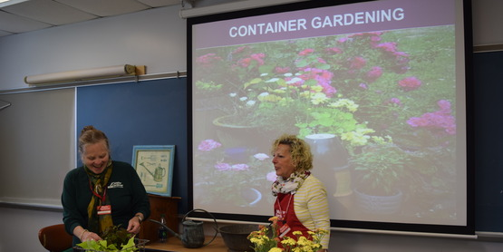Master Gardeners teaching a class at Garden Day
