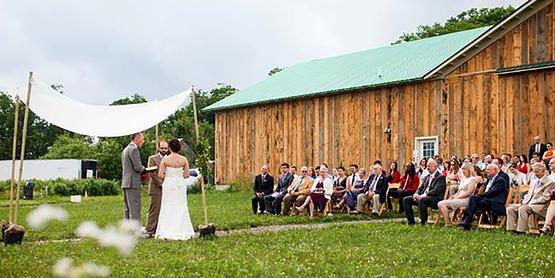 wedding at Silver Queen farm,