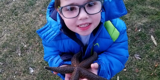 Maxx with a sea star