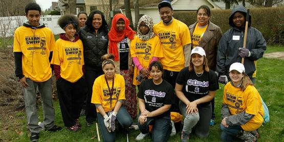 Clean Sweep 2014 with Mayor Lovely Warren