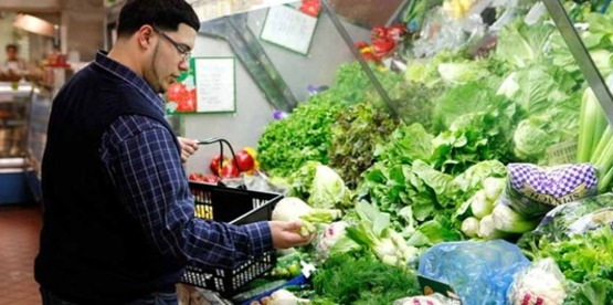 Food waste reduction starts with your choices at the market.