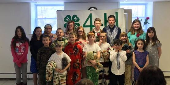Group Photo from the 4-H Fashion Revue April 2019