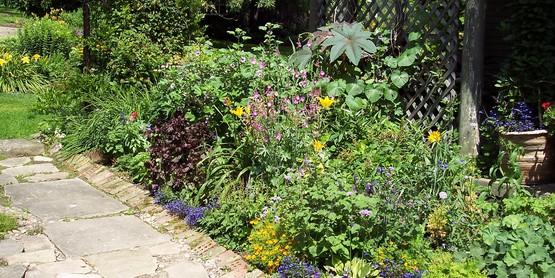Locustbrae Farm and Gardens