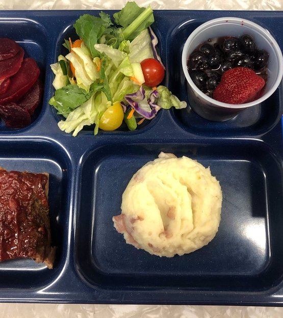 Example of a NY Thursday lunch at Whitesville CSD