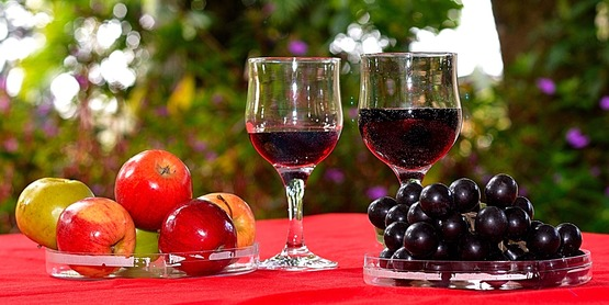 Wine, Grapes, Apples