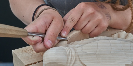 Hand-carving wood