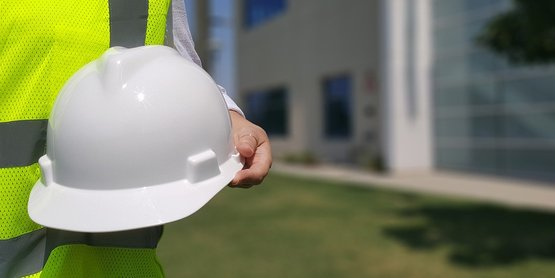 a white construction hat