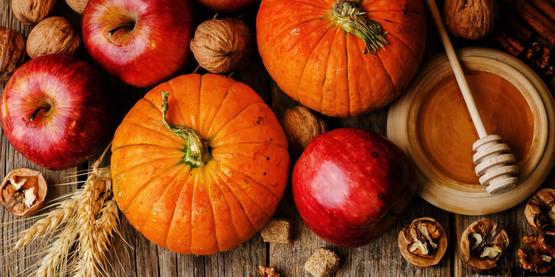 pumpkins & apples