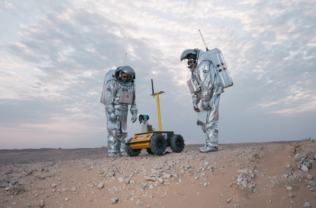 [VIDEO] Husky UGV Used for 3D Mapping in Mars Simulation