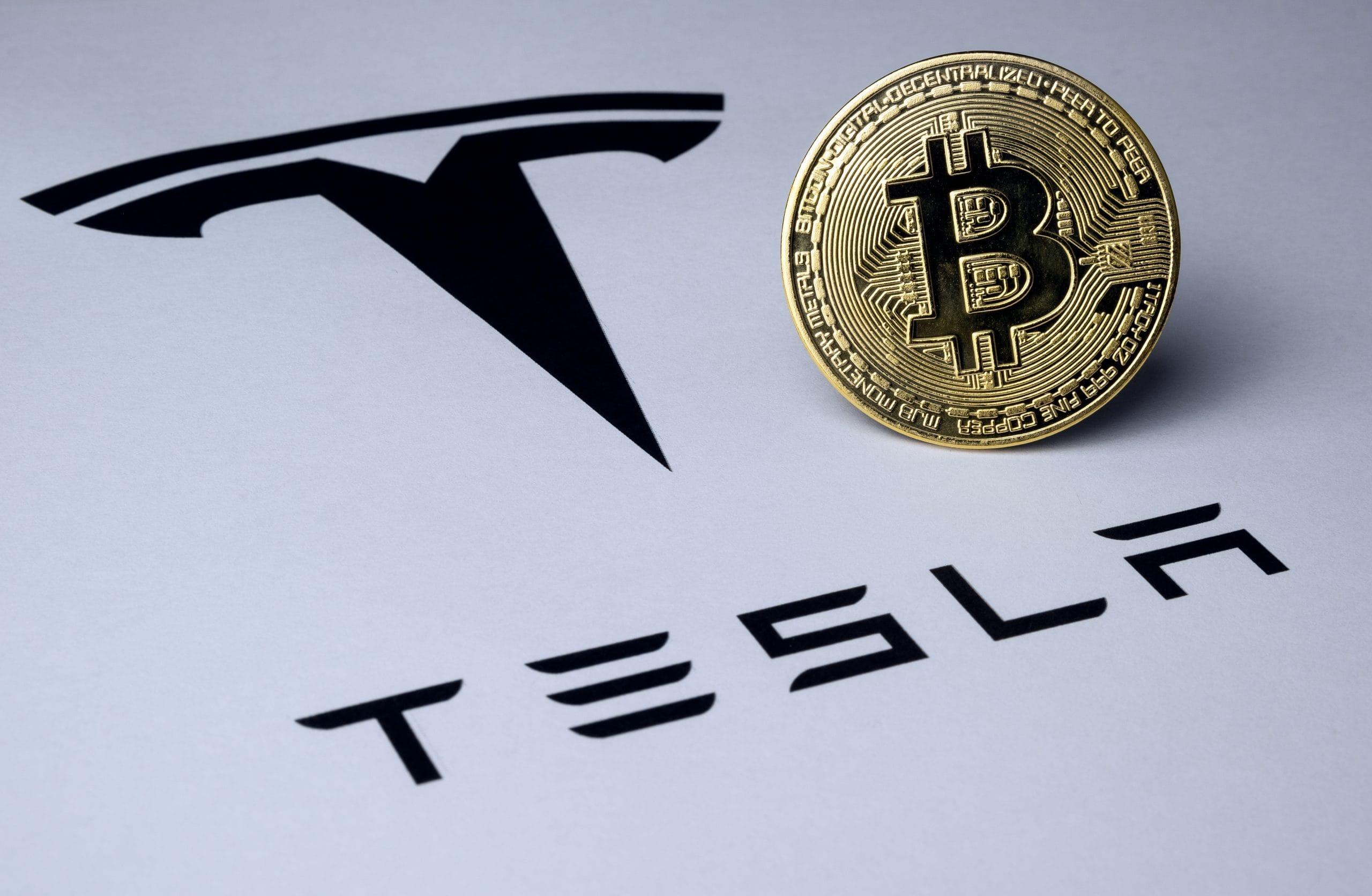 Tesla zieht blank: So hat sich Bitcoin auf die Bilanz niedergeschlagen