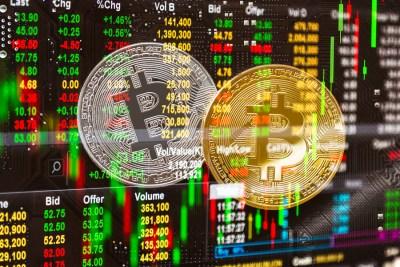 Аналитики зафиксировали усиление оттока биткоинов с бирж