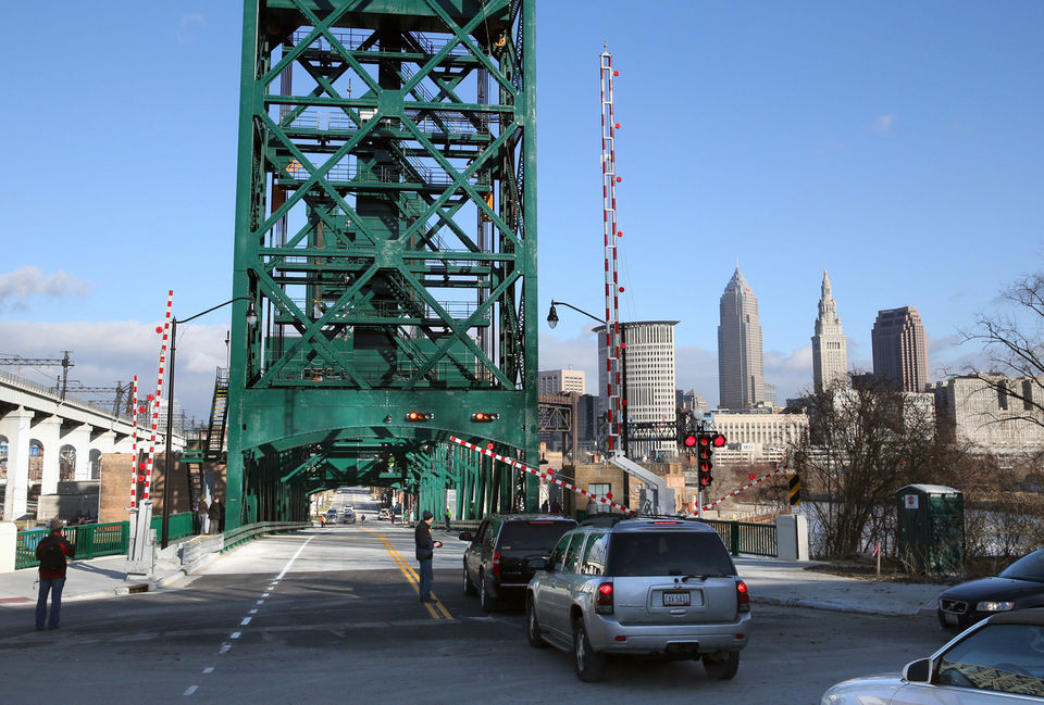 Columbus Bridge open!