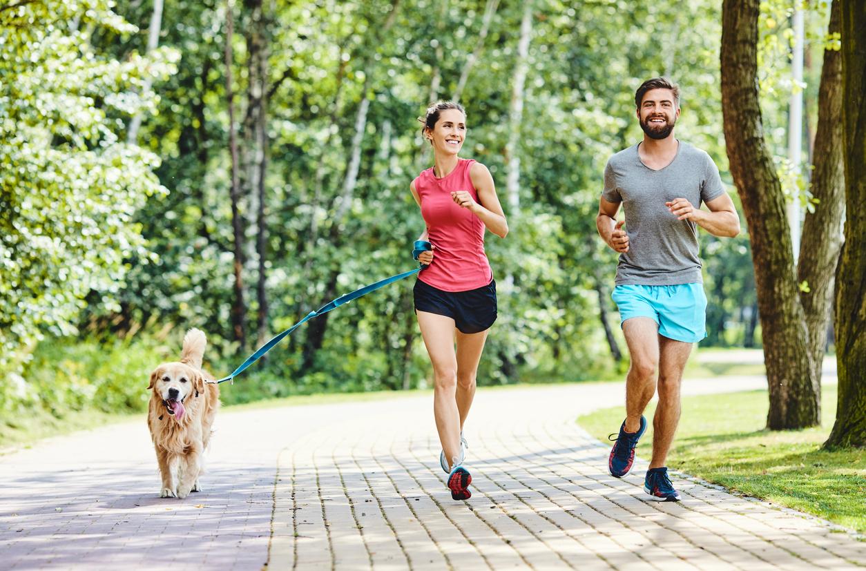 Caminhar o equivalente a 4 km e 5 km pode reduzir risco de óbito precoce (Fonte: iStock).