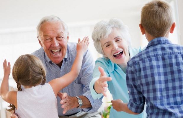 Résidence senior : pourquoi cette offre séduit les seniors ?