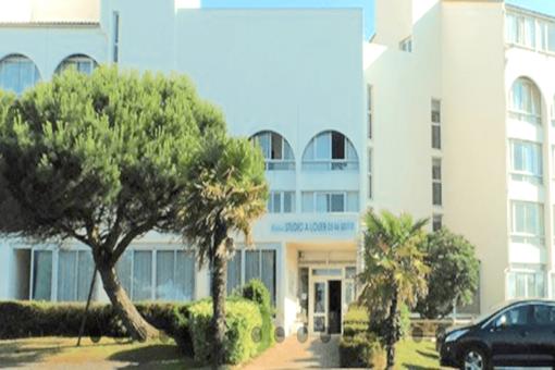 Studio LMNP ancien La Rochelle