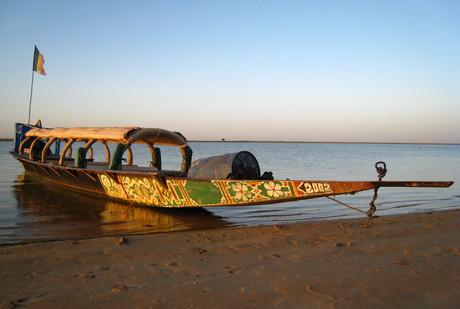 Pinasse touristique sur le Niger