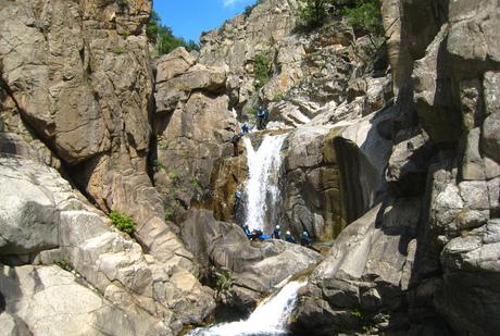 La cascade arrosée sur le Haut Chassezac
