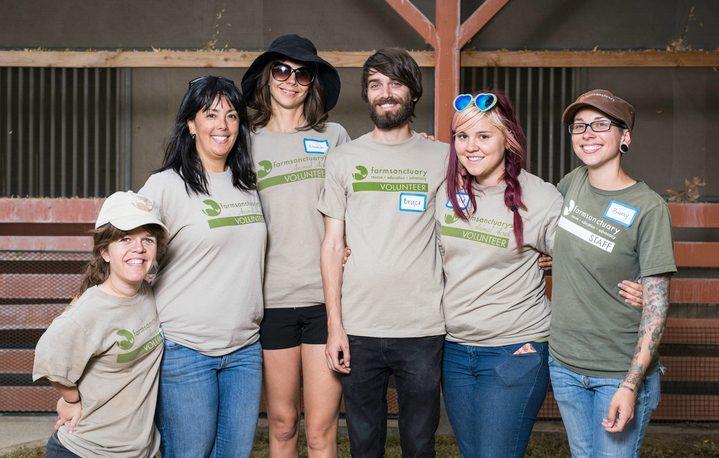 Vertical explainer photo 4 - Volunteering with Farm Sanctuary