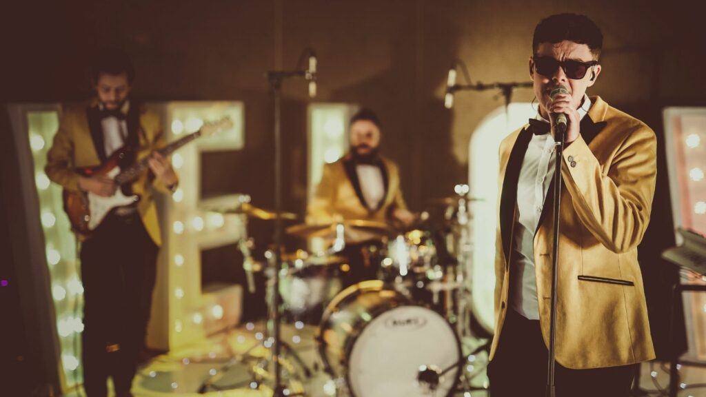 music_band_yellow_suits