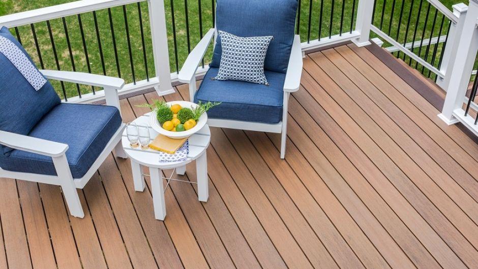 Sym Warm Sienna Fiberon Deck Top View  Dsc3742 850Px